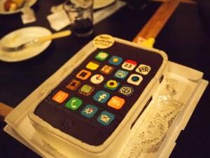 iPhoneケーキ