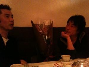 デザイナーの森さんと編集者の村田さん