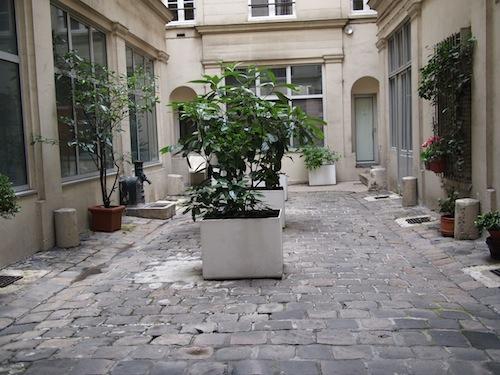 アパルトマンの中庭