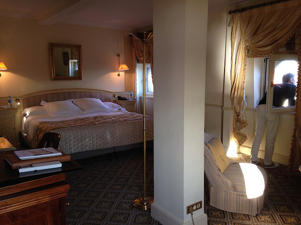 Hotel du Palais room