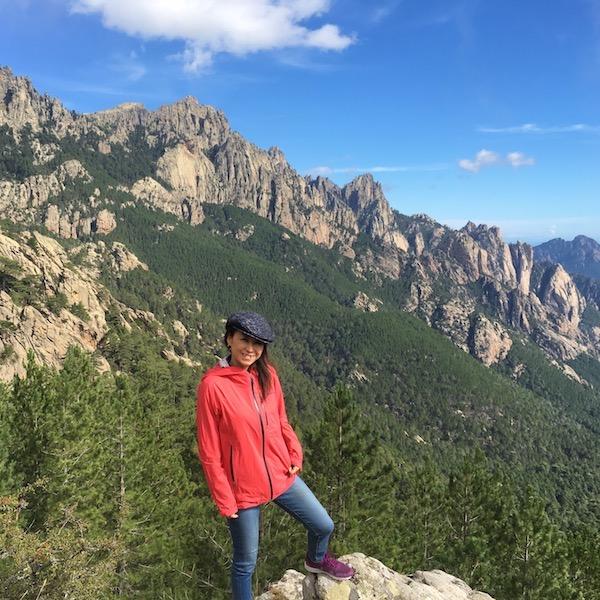コルシカというとビーチリゾートのイメージと思っていたら、地元の人に言わせると本当のコルシカは山岳地帯の方だ!とのこと。バベーラにて。ポルトヴェッキオやボルファシオなどと比べると10度以上気温が低く夏でも冬みたい。