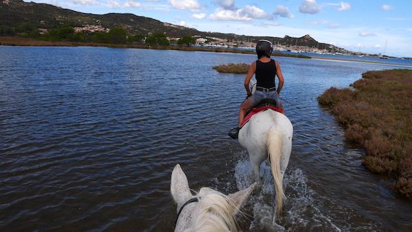 horseback riding to the lagoon