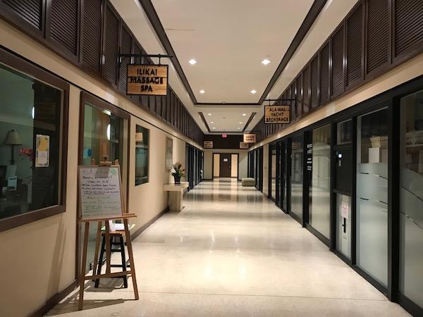 世界の筋トレルームから イリカイホテル
