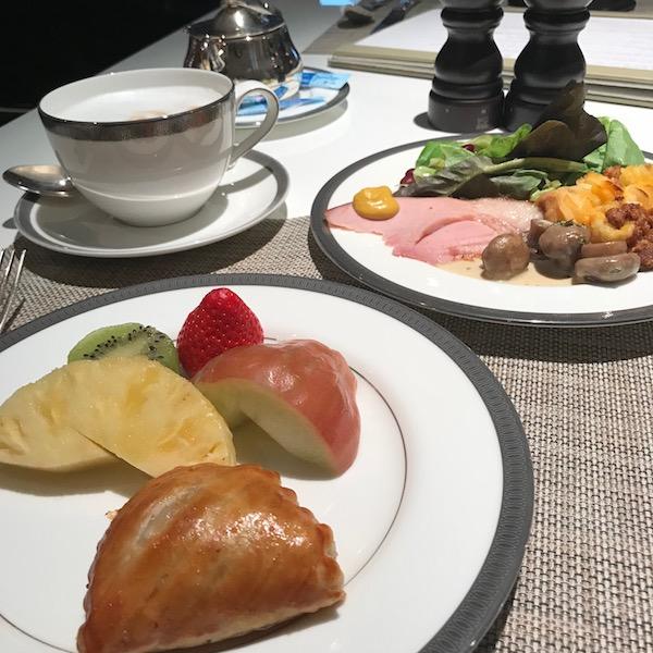 mandarin oriental taipei breakfast